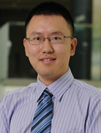 Headshot of Lizhen Xu